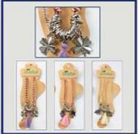 Náramek na nohu s barevnými korálky